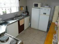 Kitchen - 8 square meters of property in Muckleneuk