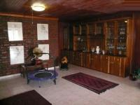 Lounges - 115 square meters of property in Villieria