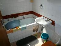 Main Bathroom - 3 square meters of property in Pretoria Central