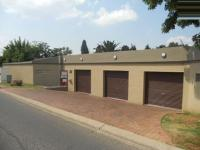 4 Bedroom 3 Bathroom in Edenburg - Jhb
