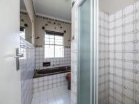 Bathroom 1 - 6 square meters of property in Mulbarton