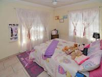 Bed Room 1 - 12 square meters of property in Glen Erasmia Boulevard