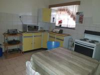 Kitchen of property in Meiringspark
