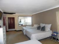 Bed Room 1 of property in Signal Hill (KZN)
