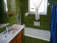 Bathroom 1 - 7 square meters of property in Lynnwood