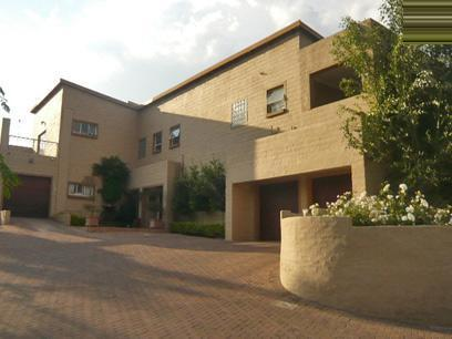 3 Bedroom Duet for Sale For Sale in Sundowner - Private Sale - MR28284