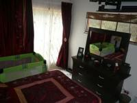Bed Room 2 - 14 square meters of property in Dorandia