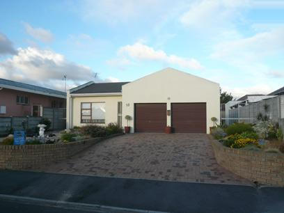 2 Bedroom House for Sale For Sale in Parow Central - Home Sell - MR28337