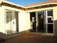 Patio - 10 square meters of property in Muizenberg