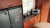 Kitchen - 12 square meters of property in Roodekrans