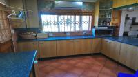 Kitchen - 68 square meters of property in Kibler Park