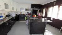 Kitchen - 22 square meters of property in Westridge