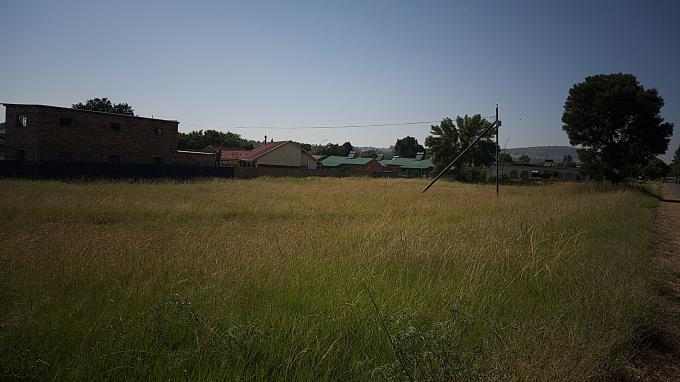 Standard Bank Insolvent Land for Sale in Rensburg - MR288395