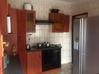 Kitchen - 10 square meters of property in Mabopane