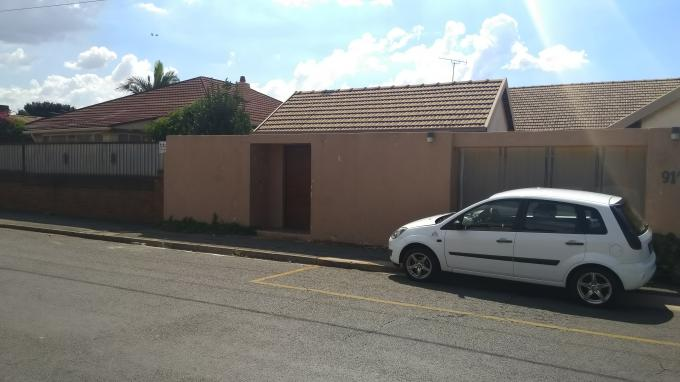 Standard Bank EasySell 4 Bedroom House for Sale in Orange Grove - MR290311