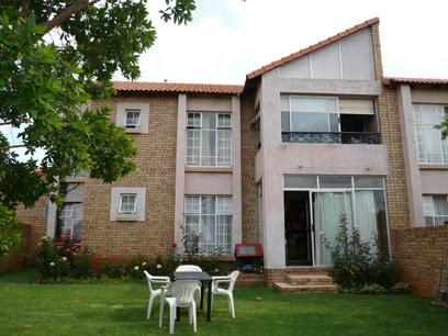 3 Bedroom Simplex For Sale in Olympus - Home Sell - MR29175