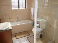 Bathroom 1 - 7 square meters of property in Eldoraigne