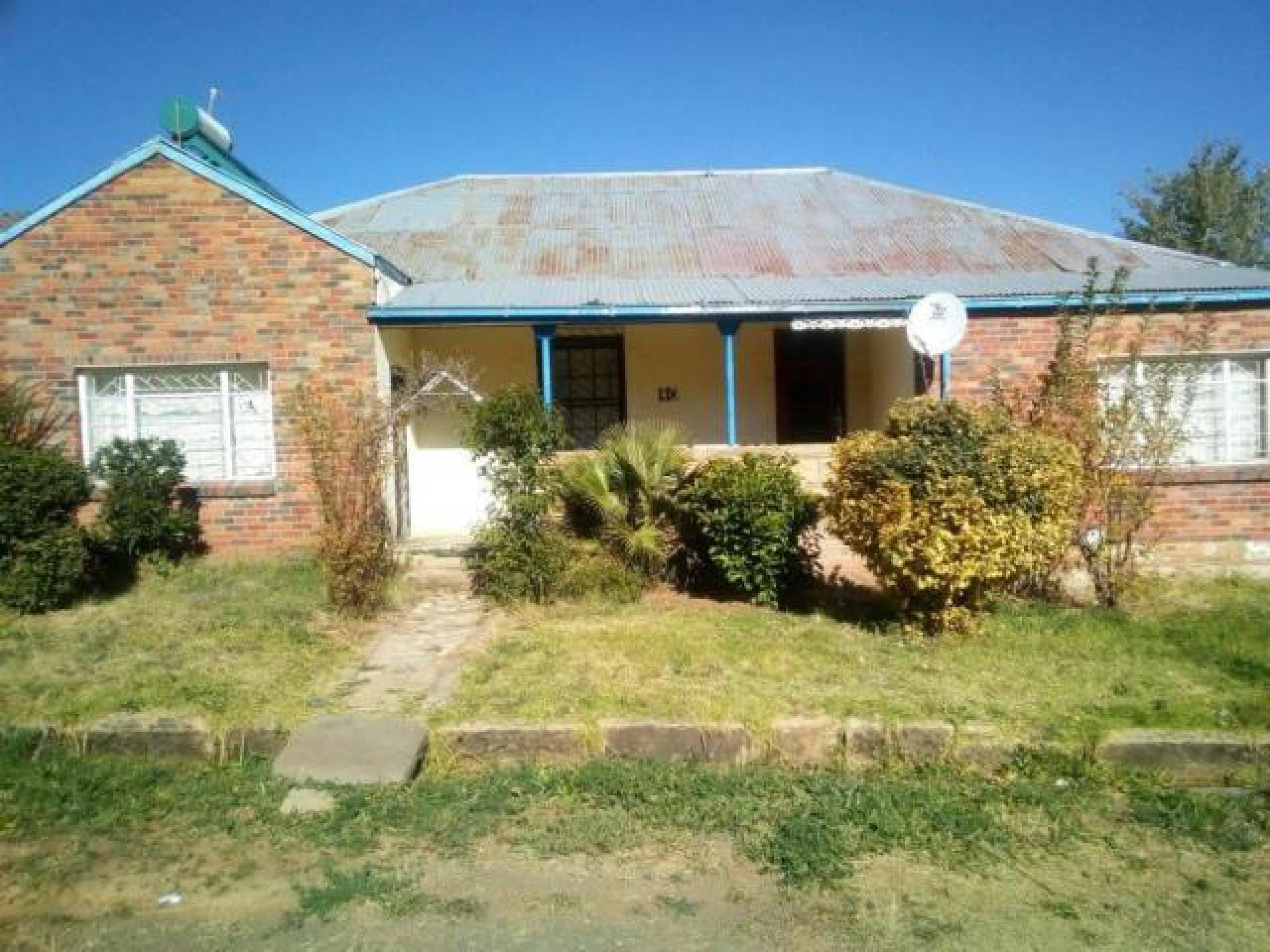 Front View of property in Lady Grey