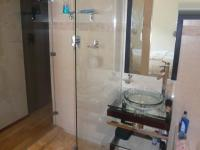 Bathroom 2 - 9 square meters of property in Somerset West