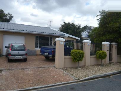 3 Bedroom House For Sale in Strand - Private Sale - MR29271