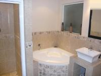 Bathroom 1 - 9 square meters of property in Strand