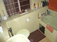 Main Bathroom - 15 square meters of property in Arcadia