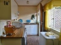 Kitchen - 6 square meters of property in Krugersdorp