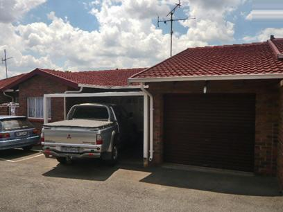 3 Bedroom Simplex for Sale For Sale in Krugersdorp - Home Sell - MR29325
