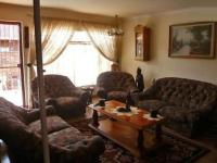 Lounges - 9 square meters of property in Krugersdorp
