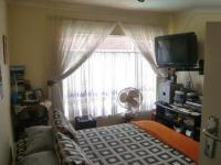 Bed Room 1 - 6 square meters of property in Krugersdorp