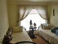 Bed Room 2 - 6 square meters of property in Krugersdorp