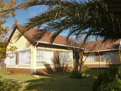 4 Bedroom House For Sale in Boksburg - Home Sell - MR29356