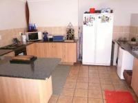 Kitchen - 21 square meters of property in Lyttelton Manor