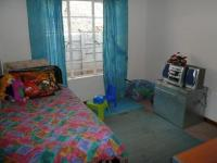 Bed Room 2 - 10 square meters of property in Lyttelton Manor