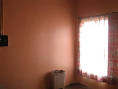 FNB Repossessed 2 Bedroom House For Sale in Kimberley - MR29396