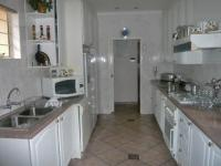 Kitchen - 6 square meters of property in Boksburg