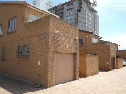 3 Bedroom Duplex For Sale in Bloubergstrand - Home Sell - MR29416