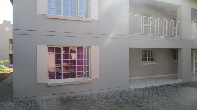 Standard Bank EasySell 2 Bedroom Sectional Title for Sale in Waterval East - MR294342