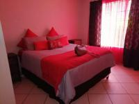 Bed Room 2 of property in Waterval East