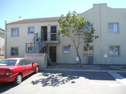 Standard Bank Repossessed 2 Bedroom House for Sale on online auction in Kraaifontein - MR29451