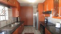Kitchen - 9 square meters of property in Fleurhof