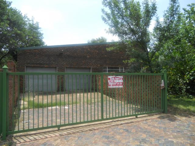 Standard Bank Repossessed 4 Bedroom House for Sale on online auction in Modimolle (Nylstroom) - MR29528