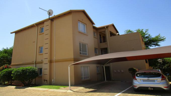 Standard Bank EasySell 2 Bedroom Sectional Title for Sale in Kempton Park - MR295291