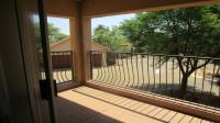 Balcony - 8 square meters of property in Kempton Park