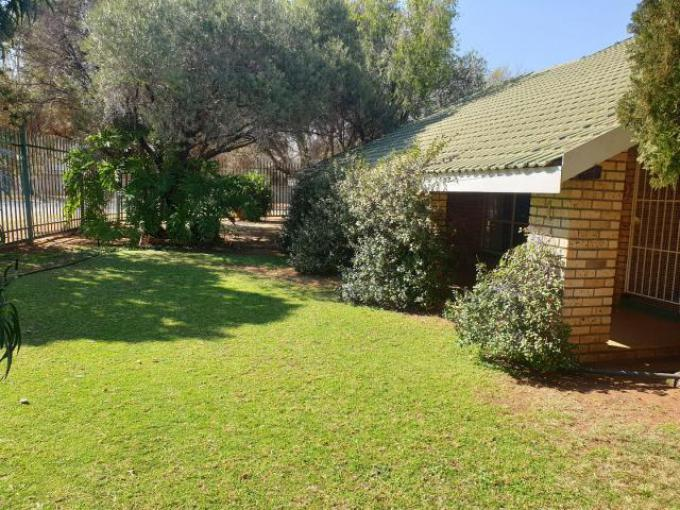 Standard Bank EasySell 4 Bedroom House for Sale in Klerksdorp - MR295804
