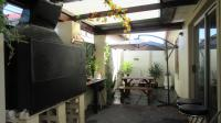Patio - 20 square meters of property in Parklands