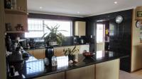 Kitchen - 31 square meters of property in Parklands