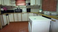 Kitchen - 12 square meters of property in Bulwer (Dbn)