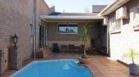 Entertainment - 152 square meters of property in Vredenburg