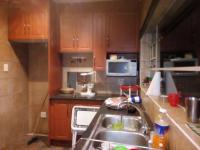 Kitchen of property in Golf Park